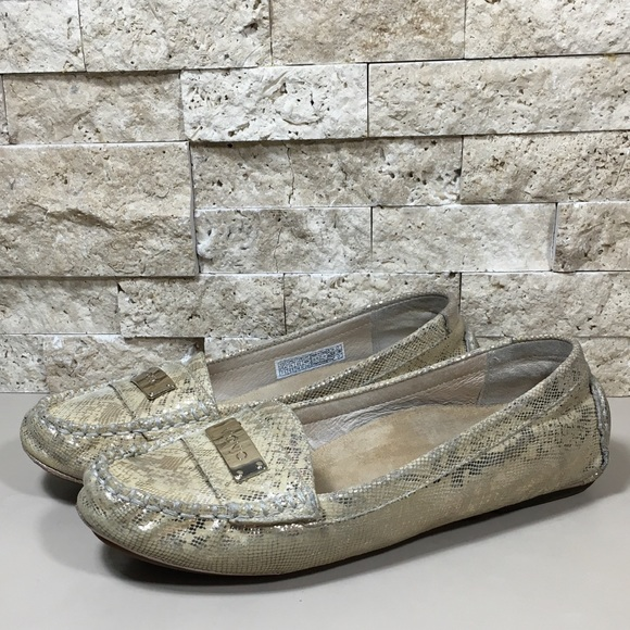 dad3b2eb2dd Vionic Womens Shoes Orthaheel Sydney Loafer Flats.  M 5aaad2f7daa8f6c5c6262686